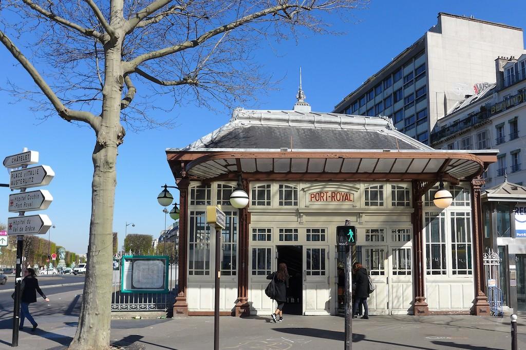 Art nouveau à Paris : la station de RER Port Royal
