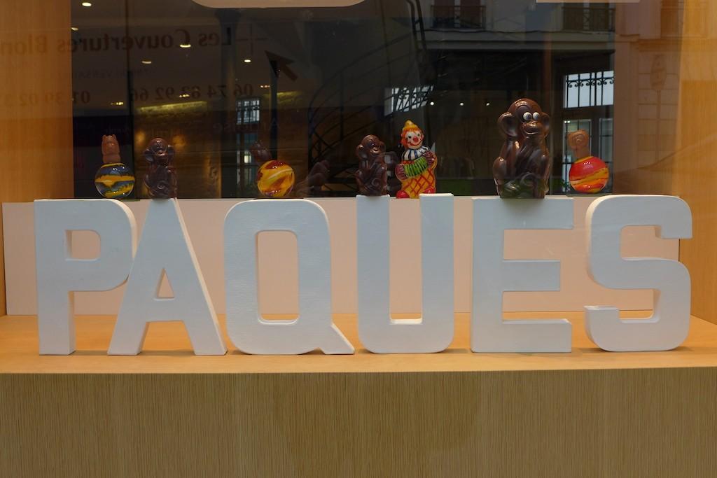 Jacques Genin Paris-monkeys and clowns