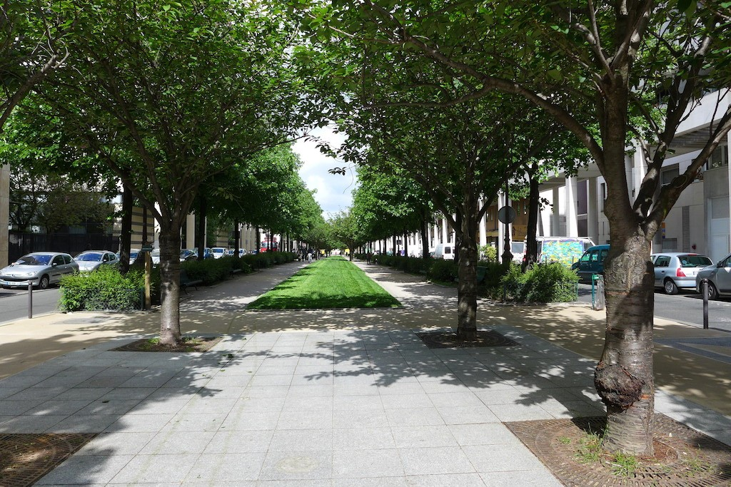 Promenade plantee Paris-Allee vivaldi1