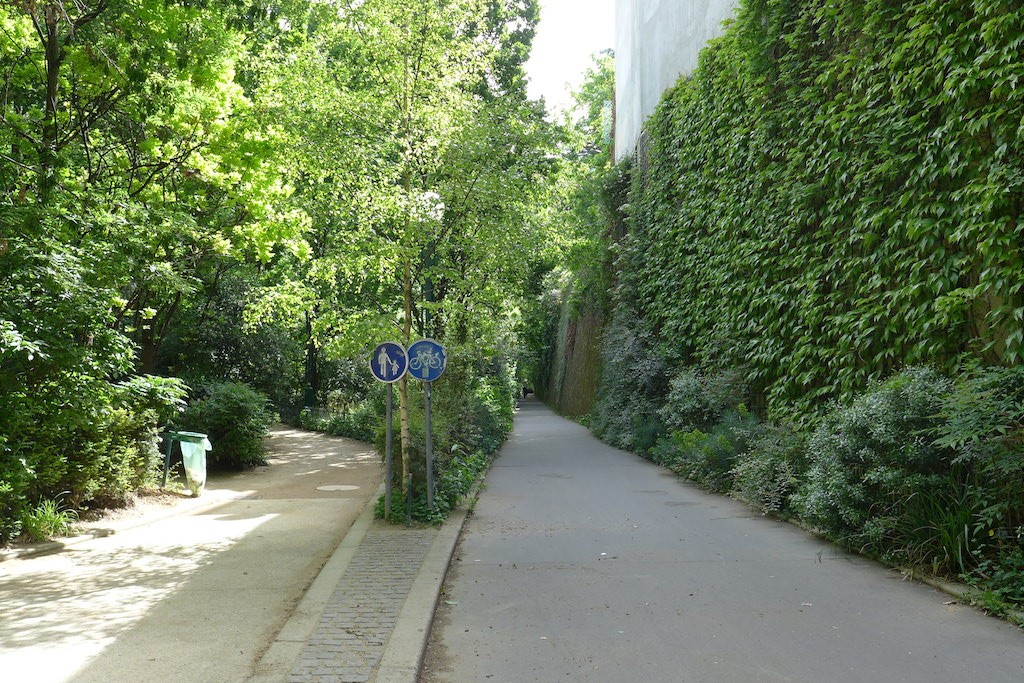 La Coulee Verte - Footpath and cycling lane
