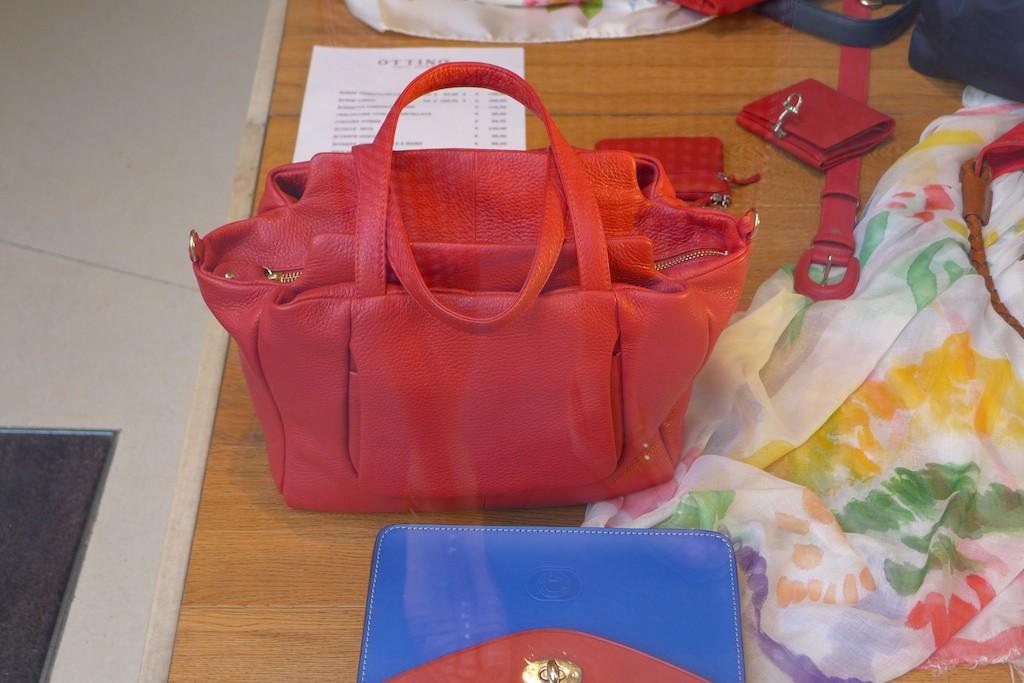 Florence-Ottino-red handbag