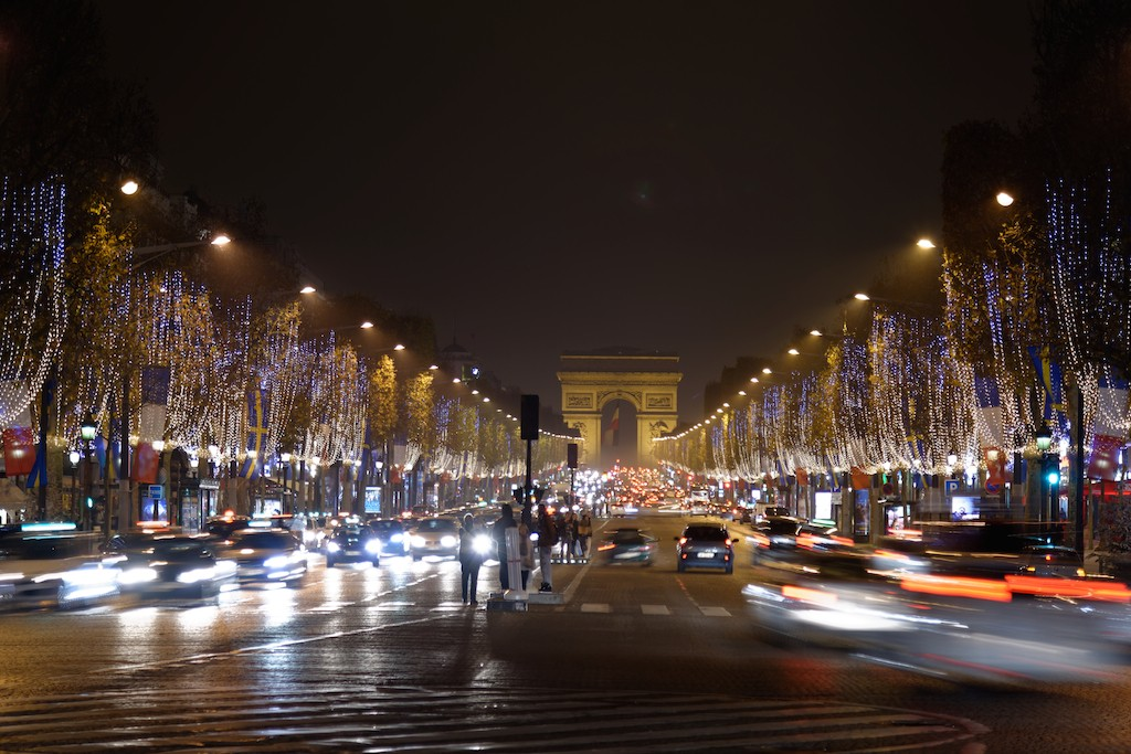 Festive Season-Paris-Avenue des Champs Elysees