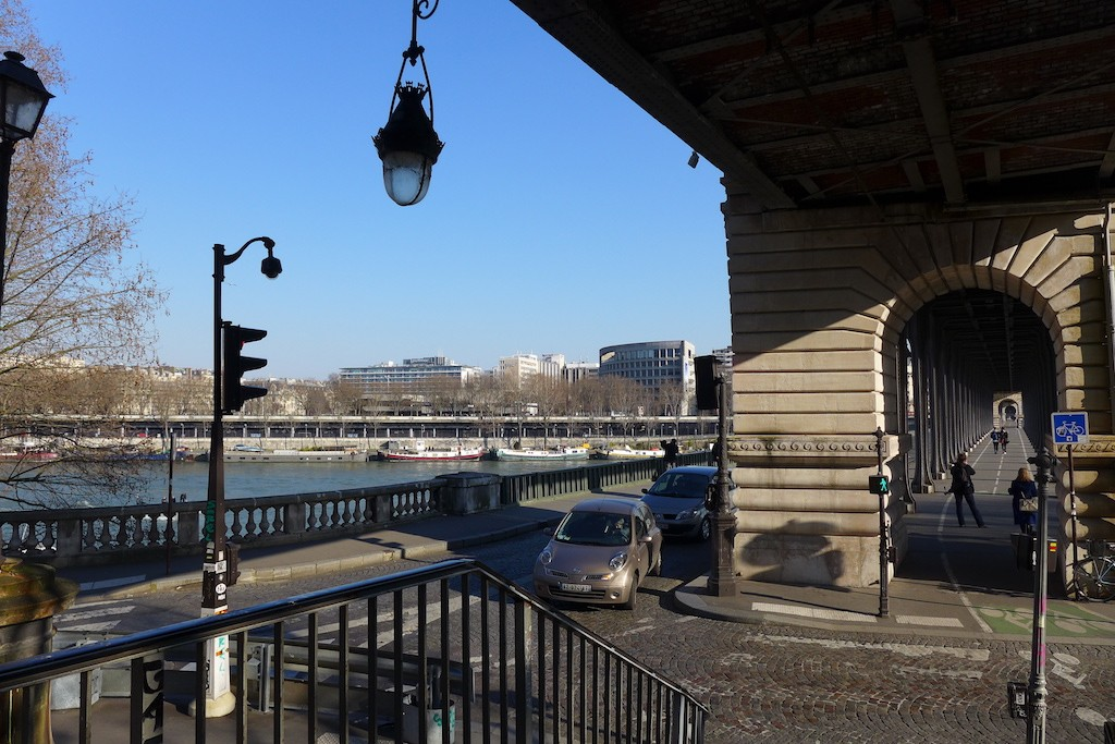 Exploring Passy-Paris- The Bir Hakeim Bridge