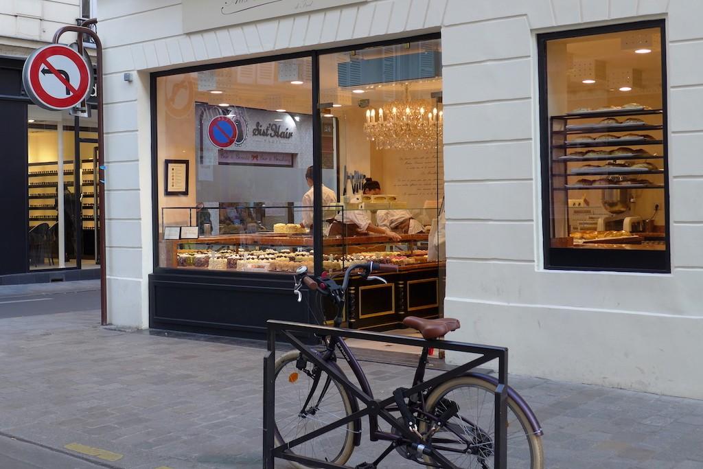 Exploring Passy-Paris- Les merveilleux - Rue de l' annonciation