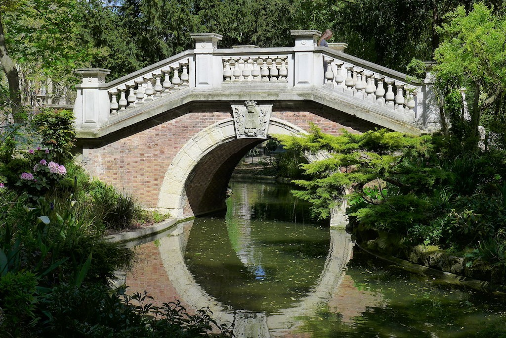 Parc Monceau Paris - The Italian Bridge