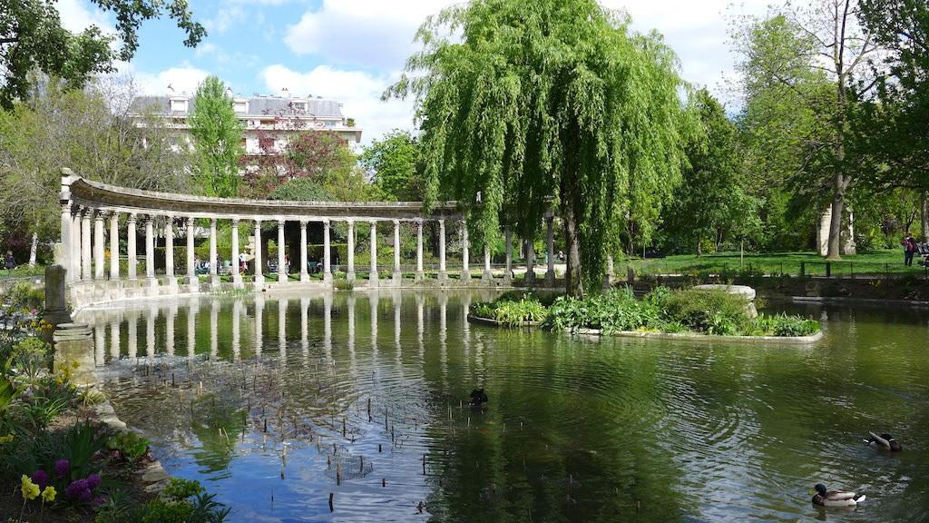Parc Monceau Paris The Naumachie