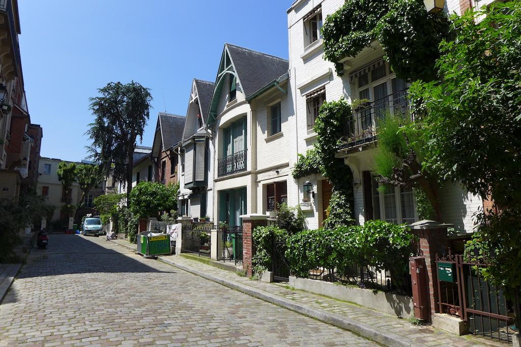 Montmartre-Paris-Villa Leandre