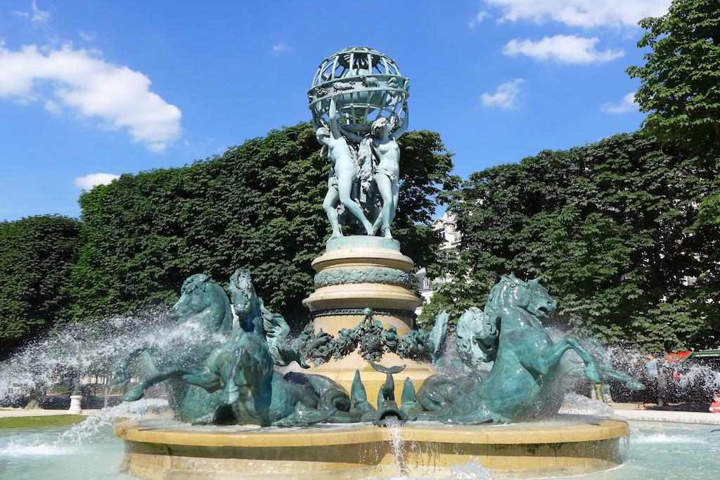 Fountains Paris-fontaine des quatre parties du monde-01