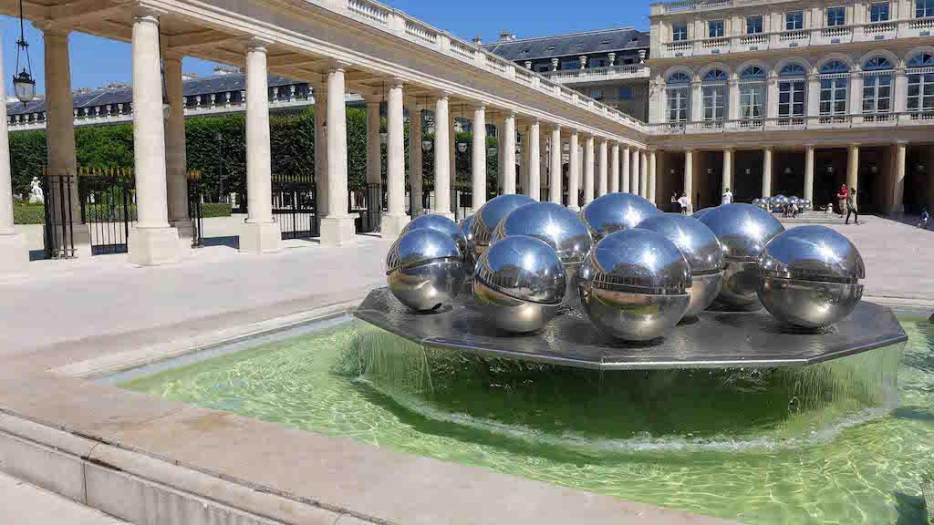 Fountains Paris-The Spherades-01