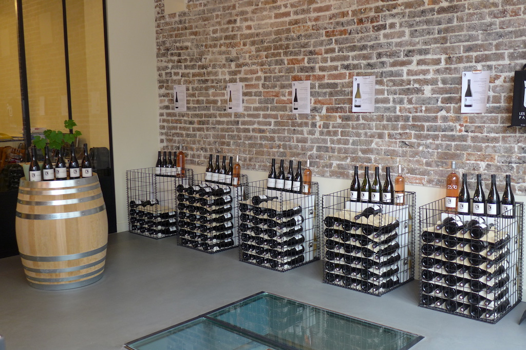 Les Vignerons Parisiens- Bricks, Wine and more