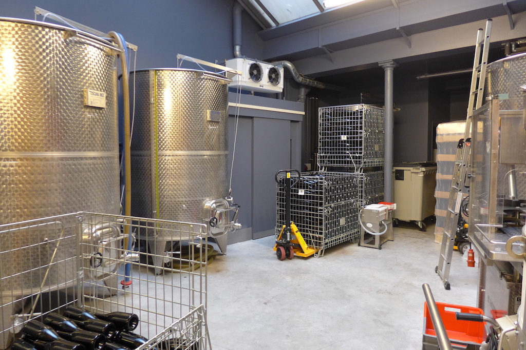 Les Vignerons Parisiens-Winery-Paris-Fermentation