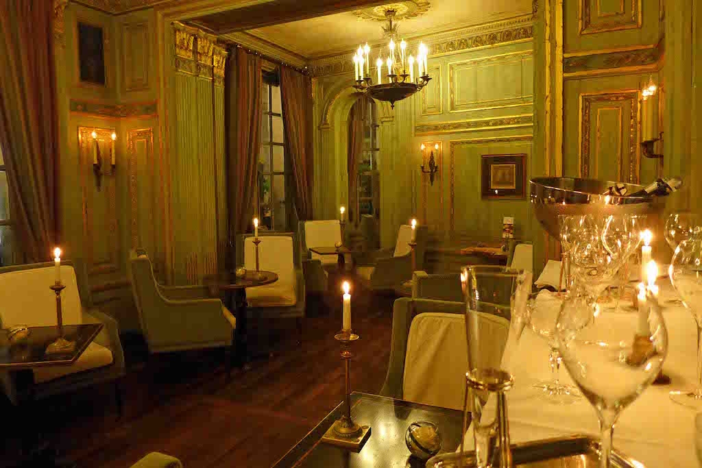 Champagne Bar Le Dokhan's - Paris - Intimate and refined