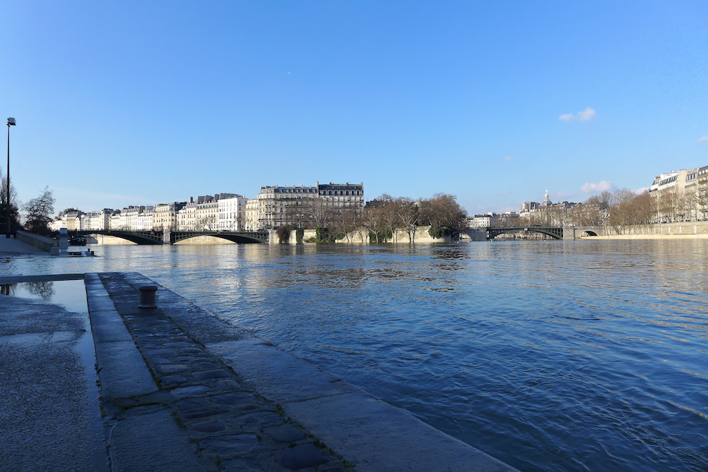 The Pont de Sully and the Ile Saint Louis in the background