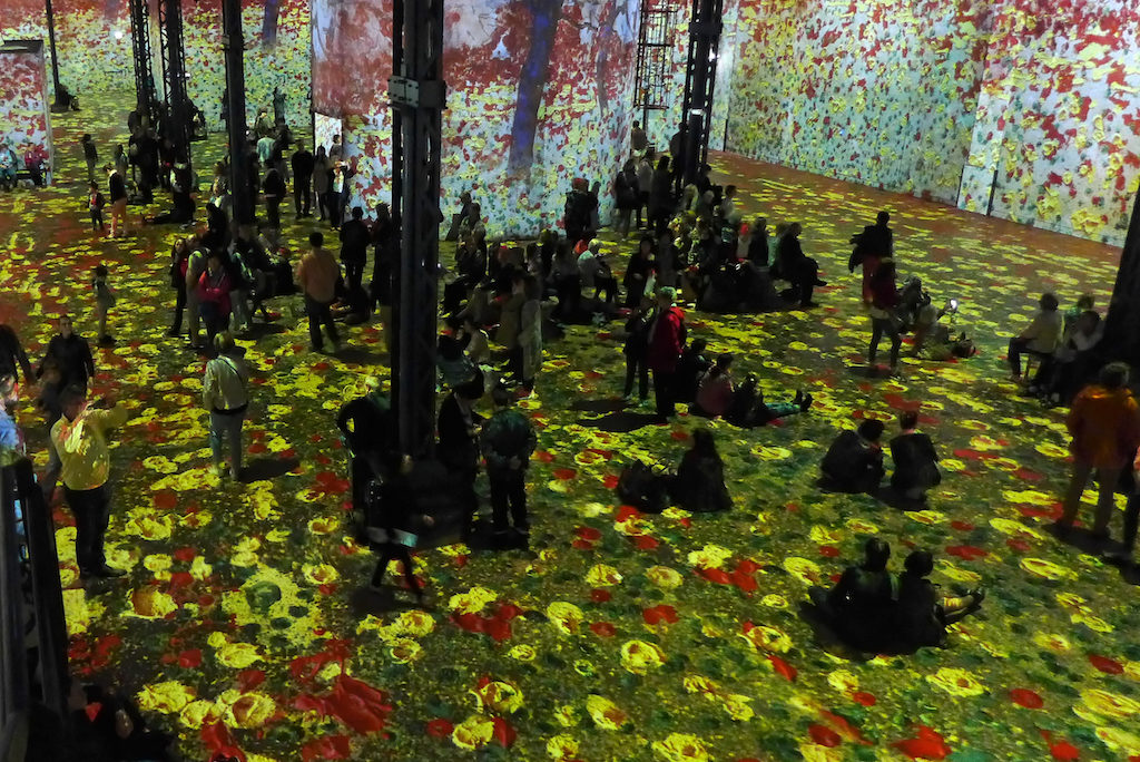 atelier des lumieres paris klimt et la nature 02 good morning paris the blog. Black Bedroom Furniture Sets. Home Design Ideas